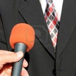2345251-television-avec-microphone-interview-televisee